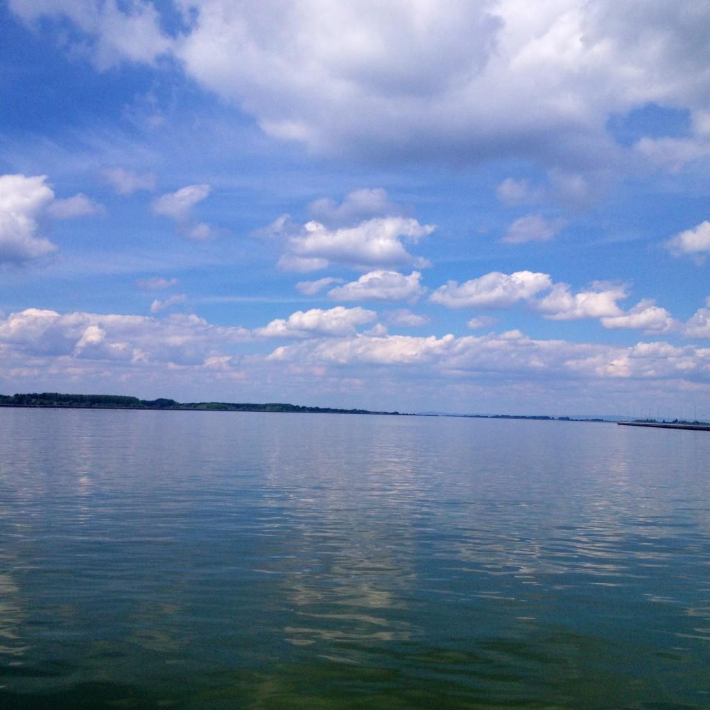 Entlang der Donau von Komárom nach Bratislava.